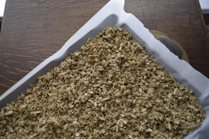 uncooked-granola