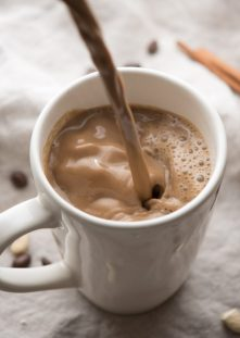 Gingerbread-Cashew-Coffee-4-768x1084